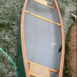 17 foot Mad River Explorer FOR SALE canoes-for-sale