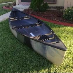 OLD TOWN DISCOVERY 133 CANOE FOR SALE canoes-for-sale