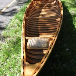 1939 Wood Canvas Canoe - 16 foot Old Town Yankee Canoe Picture